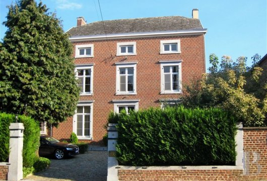 A renovated property in the Hesbaye region  between Liège and Namur